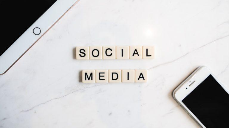 Jak prowadzić stronę na FB i social media
